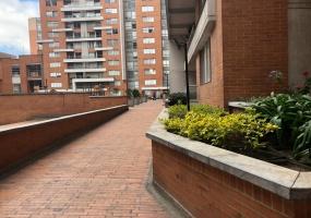 18 51 77, Bogotá, Occidente, LA FELICIDAD, 3 Habitaciones Habitaciones,3 BathroomsBathrooms,Apartamentos,Venta,77,2071