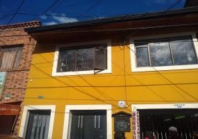 4 A 30 CARRERA 18 B, Bogotá, Centro, Eduardo Santos, 5 Habitaciones Habitaciones,4 BathroomsBathrooms,Casas,Venta,CARRERA 18 B,2138