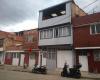 43 a carrera 13 este, Bogotá, Sur, Altamira, 4 Habitaciones Habitaciones,2 BathroomsBathrooms,Casas,Venta,carrera 13 este,2211