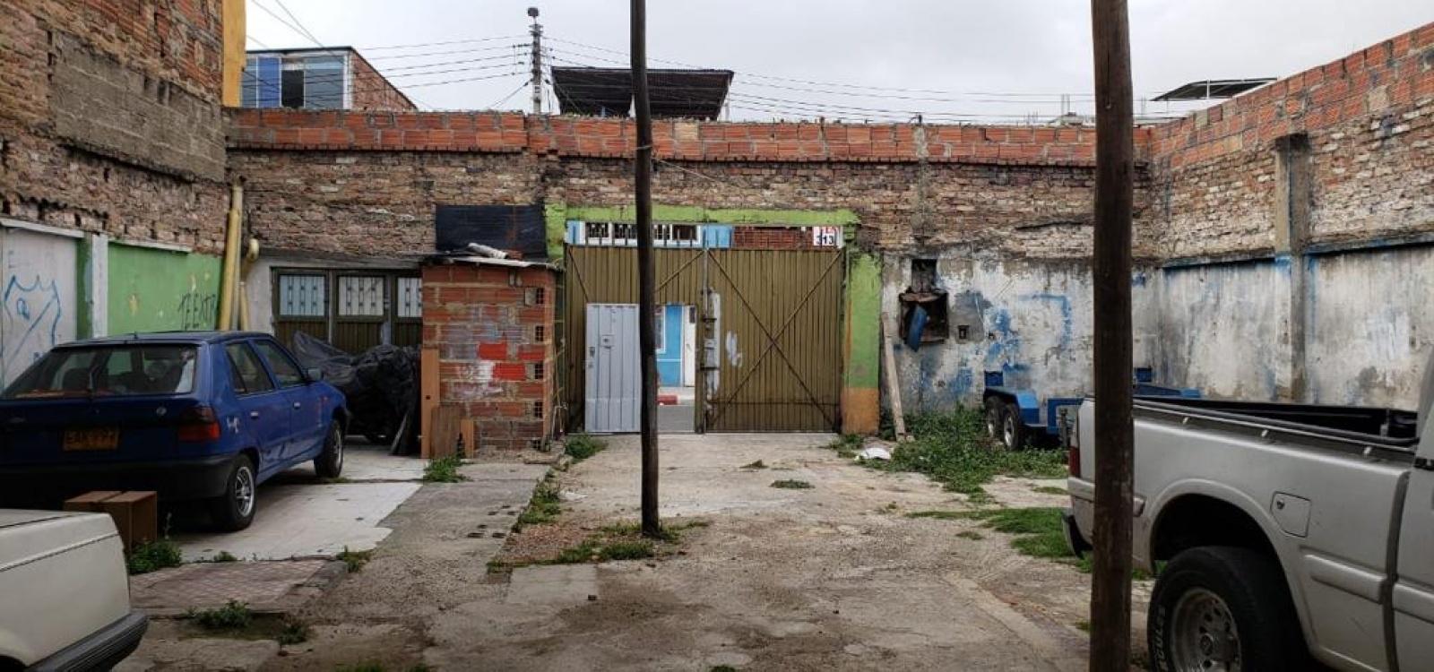 51 A 40 SUR 12,Bogotá,Sur,Tunjuelito,1 BañoLavabos,Lotes,12,1694