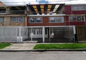 31-12 1 H, Bogotá, Occidente, La Asunción, 6 Habitaciones Habitaciones,5 BathroomsBathrooms,Casas,Venta,1 H,3307